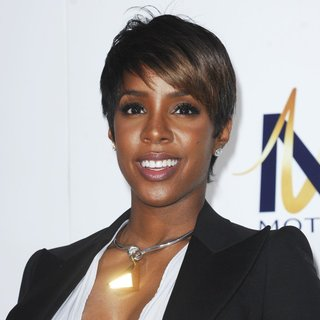 Kelly Rowland in Film Premiere of Think Like a Man Too