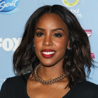 Kelly Rowland in USA's X Factor Top 12 Party for Season 3