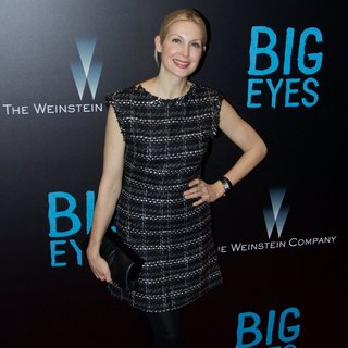 Kelly Rutherford in New York Premiere of Big Eyes - Red Carpet Arrivals - kelly-rutherford-premiere-big-eyes-02