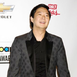 Ken Jeong in The 2011 Billboard Music Awards - Press Room - ken-jeong-2011-billboard-music-awards-01