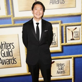 2016 Writers Guild Awards - Arrivals