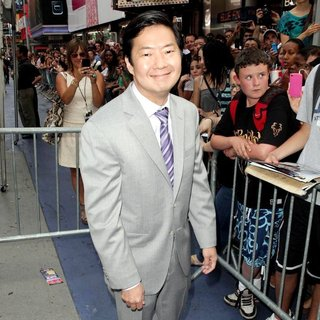 Ken Jeong in New York Premiere of Transformers Dark of the Moon - ken-jeong-premiere-transformers-dark-of-the-moon-01