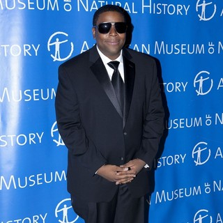 Kenan Thompson in The American Museum of Natural History 2010 Gala - Arrivals
