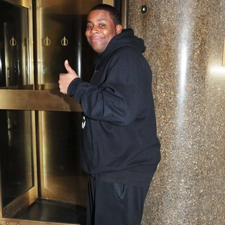 Kenan Thompson in Celebrities Arrive at The NBC Studios
