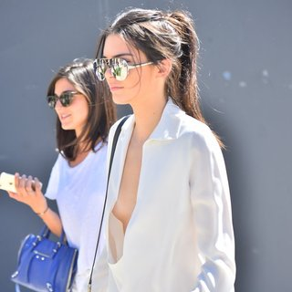 Kendall Jenner - Kendall Jenner Out and About in LA