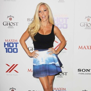 Kendra Wilkinson in The Maxim Hot 100 Party - Arrivals