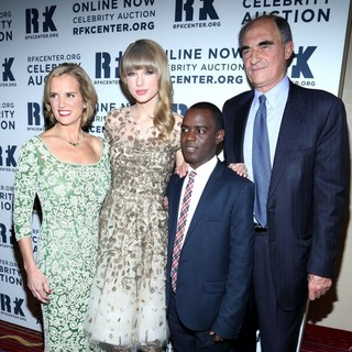 Taylor Swift - The Robert F. Kennedy Center for Justice and Human Rights Presents 2012 Ripple of Hope Awards Dinner