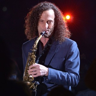 Kenny G Performs Live at Hard Rock Live - kenny-g-performs-live-02