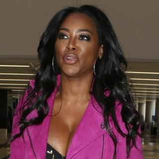 Kenya Moore in Kenya Moore Departs from LAX