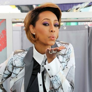 Keri Hilson in Keri Hilson and Gillette Ask Los Angeles Couples to Kiss and Tell in A Live National Experiment