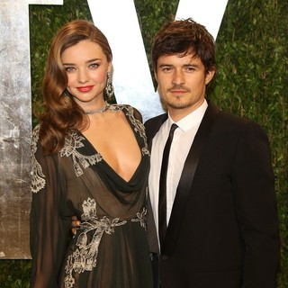 Miranda Kerr, Orlando Bloom in 2013 Vanity Fair Oscar Party - Arrivals