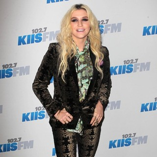 Ke$ha in KIIS FM's 2012 Jingle Ball - Night 2 - Arrivals