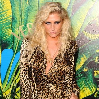 Ke$ha in Versace for H and M Fashion Show and Party