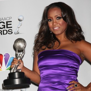 Keshia Knight Pulliam in The 43rd Annual NAACP Awards - Press Room