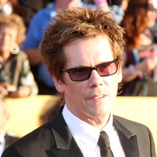 Kevin Bacon in The 18th Annual Screen Actors Guild Awards - Arrivals
