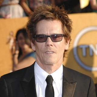 Kevin Bacon in The 18th Annual Screen Actors Guild Awards - Arrivals - kevin-bacon-18th-annual-screen-actors-guild-awards-02