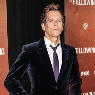 Kevin Bacon in The New York Premiere of The Following - Arrivals - kevin-bacon-premiere-the-following-03