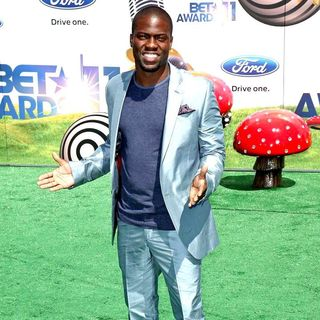 Kevin Hart in BET Awards 2011