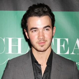 Kevin Jonas, Jonas Brothers in Kevin Jonas Celebrates His Birthday