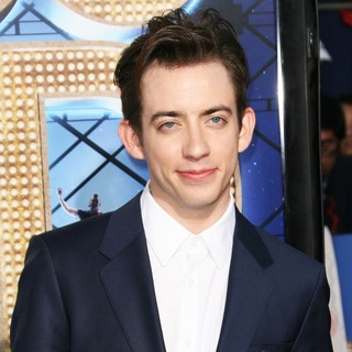 Kevin McHale in The World Premiere of Glee The 3D Concert Movie - Arrivals