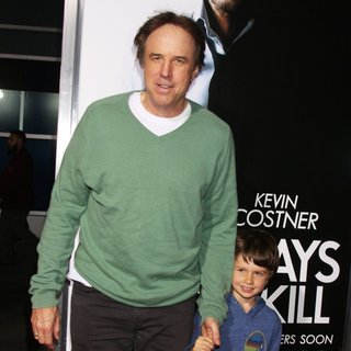 Kevin Nealon in 3 Days to Kill Premiere - Red Carpet Arrivals