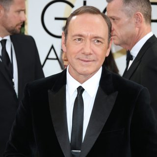 Kevin Spacey in 71st Annual Golden Globe Awards - Arrivals