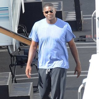 Keyshawn Johnson in Celebrities Getting Ready for The Day of Dancing with The Stars