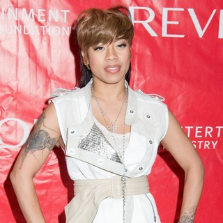 Keyshia Cole in 14th Annual Revlon Walk-Run for Women Event