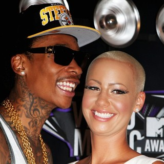 Wiz Khalifa, Amber Rose in 2011 MTV Video Music Awards - Arrivals