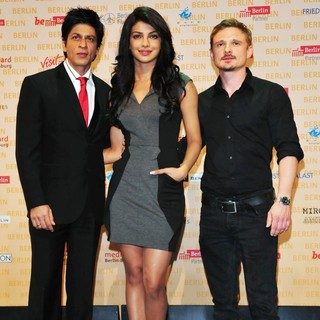 Priyanka Chopra in A Press Conference for The Movie Don 2 - khan-chopra-lukas-press-conference-don-2-01