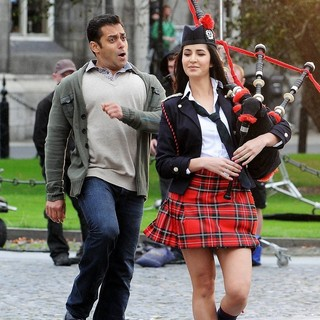 Salman Khan, Katrina Kaif in A Dance Scene Is Filmed on The Set of Ek Tha Tiger