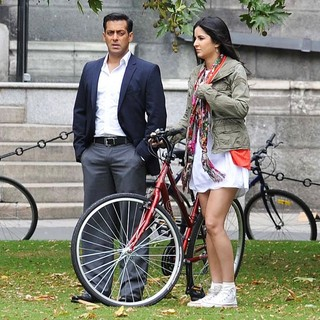 Salman Khan, Katrina Kaif in Film Ek Tha Tiger Being Shot on Location