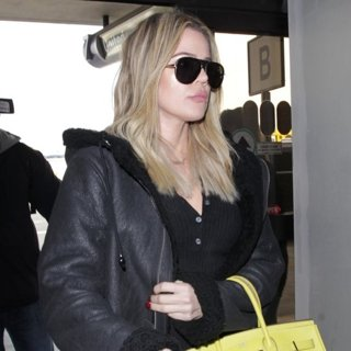 Khloe Kardashian-Khloe Kardashian at Los Angeles International Airport