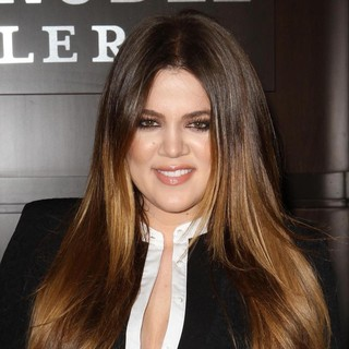 Khloe Kardashian in Khloe Kardashian and Kourtney Kardashian Sign Copies of Their New Book Dollhouse
