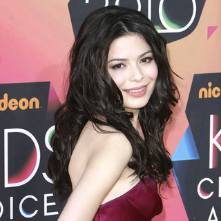 Miranda Cosgrove in Nickelodeon's 23rd Annual Kids' Choice Awards - Arrivals