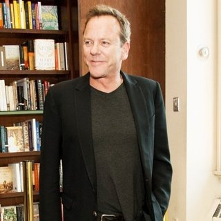Kiefer Sutherland - Kiefer Sutherland Promotes Down in A Hole Music CD