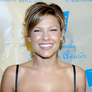 Kiele Sanchez in 7th Annual Family Television Awards