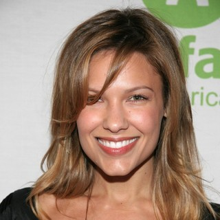 Kiele Sanchez in Annual Cocktail Party Sponsored by Oxfam