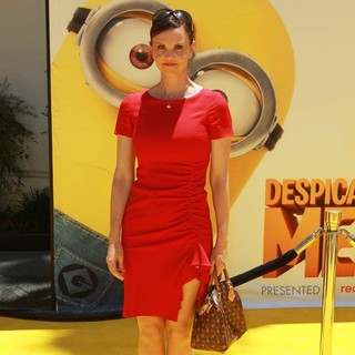 Kiersten Warren in Premiere of Universal Pictures' Despicable Me 2