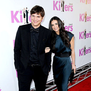 Ashton Kutcher, Demi Moore in Los Angeles Premiere of 'Killers' - Arrivals