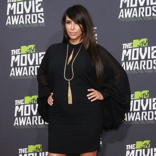 Kim Kardashian in 2013 MTV Movie Awards - Arrivals