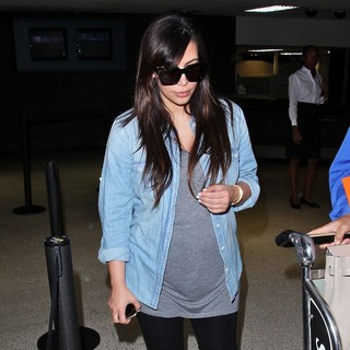 Kim Kardashian in Kim Kardashian Is Seen Arriving at LAX Airport from London