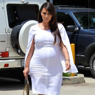 Kim Kardashian in Kim Kardashian Seen Shopping with Her Mother