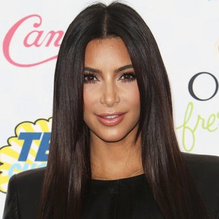 Kim Kardashian - Teen Choice Awards 2014 - Arrivals