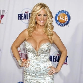 Kim Zolciak in 2009 Fox Reality Channel Really Awards - Arrivals - kim-zolciak-2009-fox-reality-channel-really-awards-03