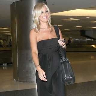 Kim Zolciak in Kim Zolciak Arriving at Newark Airport