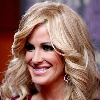 Kim Zolciak in VH1 Divas - Arrivals