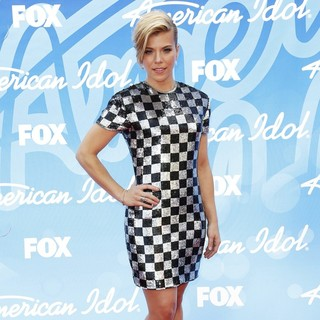 Kimberly Perry, The Band Perry in American Idol Finale Results Show Live - Arrivals