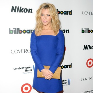 Kimberly Perry, The Band Perry in Billboard's Women in Music 2013 - Red Carpet Arrivals