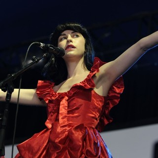 Kimbra in The Annual Homebake Australian Music Festival